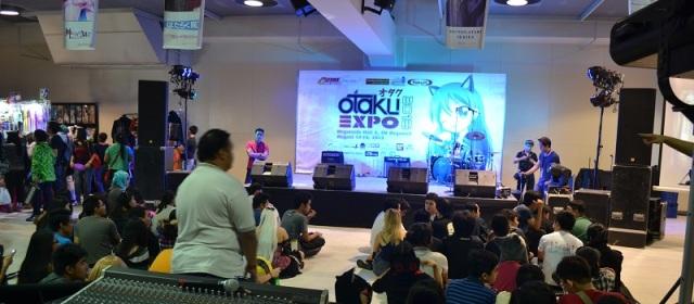 otaku_expo_stage