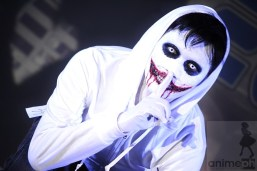 SCARY: This Jeff the Killer cosplayer pulled of a convincing performing by giving the audience the chills.